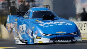 Peak driver John Force stays No. 1 in Gainesville