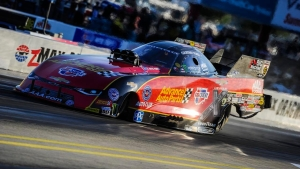 Courtney Force powers to her seventh No. 1 qualifier of the season