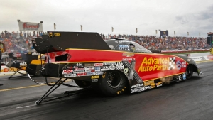 Courtney Force gets her fourth No. 1 qualifier of the season