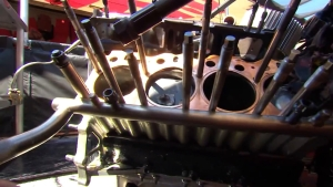 Lee Beard and John Kernan check in on the damage done to Doug Kalitta's engine