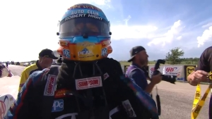 Robert Hight scores in Funny Car at AAA Texas NHRA FallNationals to increase his points lead