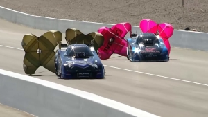 Jack Beckman drives to No. 1 on Friday at NHRA Toyota Nationals in Las Vegas